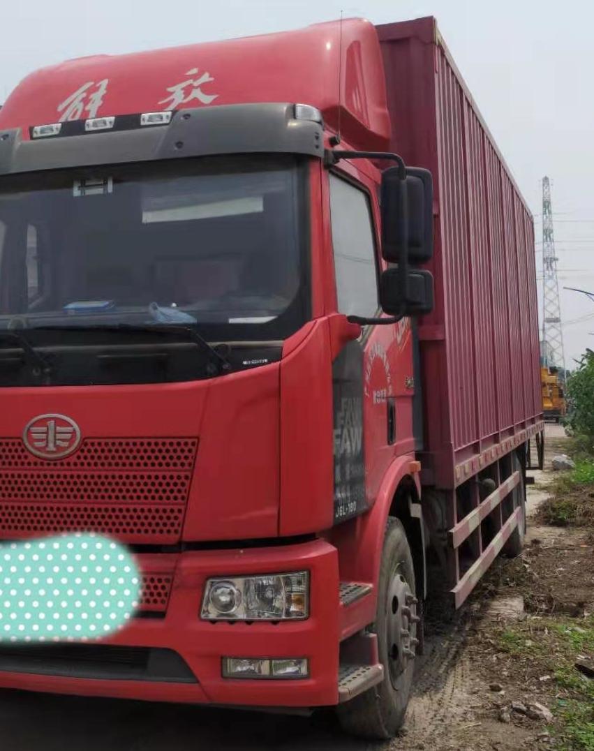一汽解放J6L中卡 超值版 载货车  180匹 2019年08月 4x2
