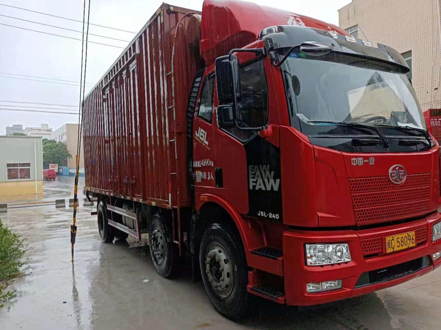 一汽解放J6L中卡 质惠版 载货车  220匹 2018年12月 6x2