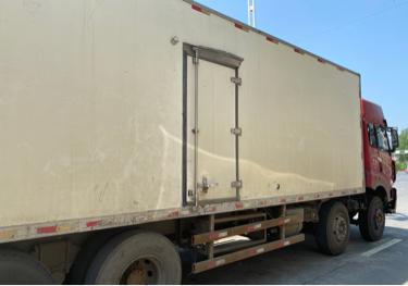 一汽解放奧威J5P 冷藏車  330匹 2011年07月 8x4