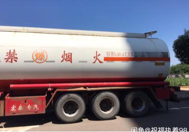 陜汽德龍新M3000 油罐車  460匹 2017年02月 8x4