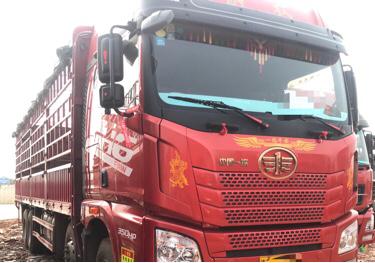 青岛解放JH6 载货车  350匹 2018年03月 8x4