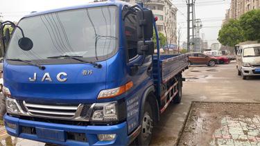 江淮格尔发A5L中卡 标载型 载货车  156匹 2017年05月 4x2