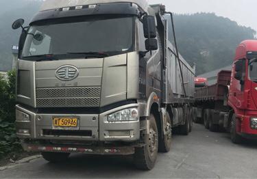 一汽解放J6P重卡 自卸车  420匹 2016年07月 8x4