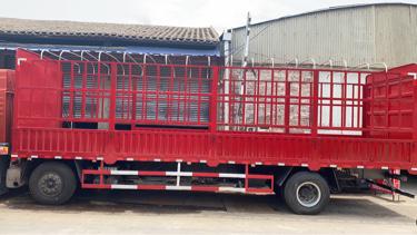 一汽解放其他车系 载货车  240匹 2018年12月 8x4