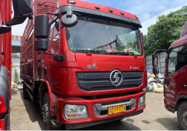 陕汽德龙L3000 载货车  220匹 2018年04月 4x2