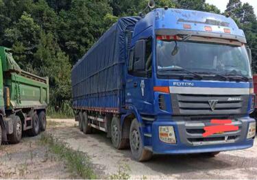 福田欧曼ETX 载货车  270匹 2011年08月 8x4