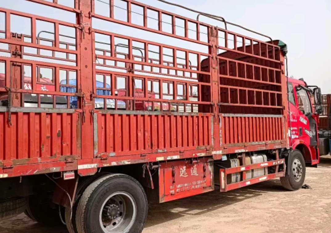 一汽解放J6L中卡 轻量化 载货车  160匹2015年10月 4×2 国四