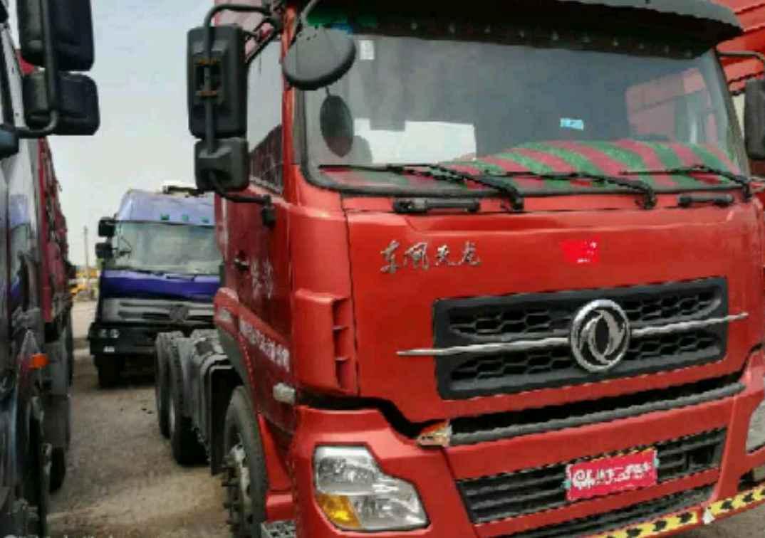 东风天龙 牵引车  375匹 2011年12月 6x4