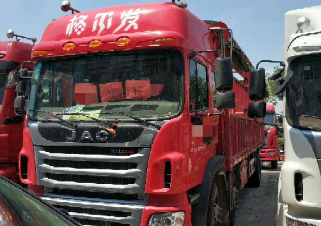 江淮格尔发 载货车  270匹 2017年09月 6x2