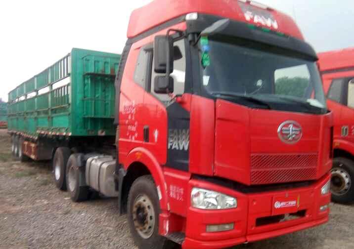 一汽解放J6 牵引车  350匹 2010年07月 6x4