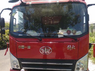 青岛解放其他车系 载货车  240匹 2018年05月 4x2