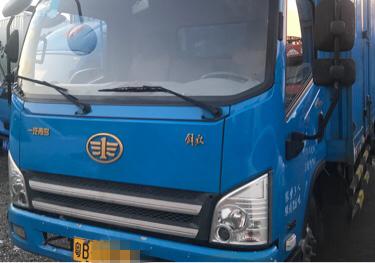 一汽解放J6 载货车  150匹 2016年06月 4x2