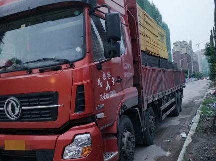 东风天龙 载货车  350匹 2015年09月 8x4