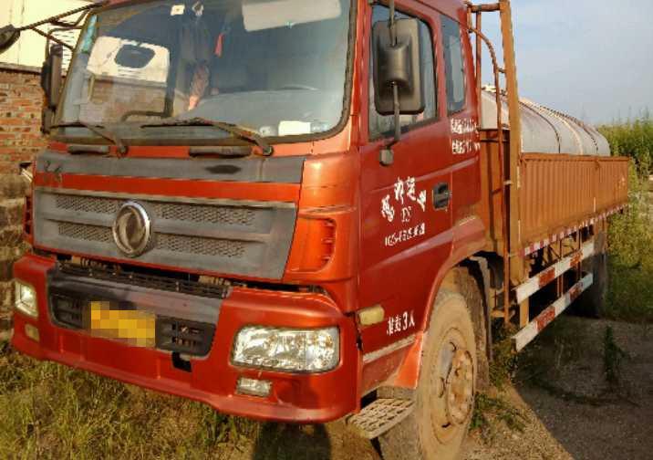 东风天锦 载货车  170匹 2012年09月 4x2