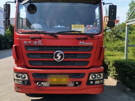 陕汽德龙M3000 牵引车  336匹 2013年05月 6x4