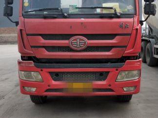 青岛解放其他车系 混凝土搅拌车  330匹 2012年12月 6x2