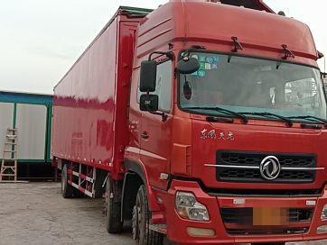 东风天龙 载货车  220匹 2013年04月 6x2
