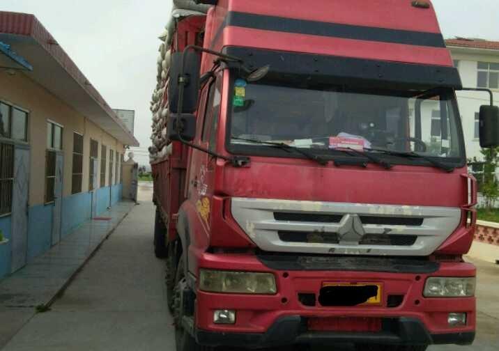 中国重汽其他车系 载货车  260匹 2012年08月 8x4