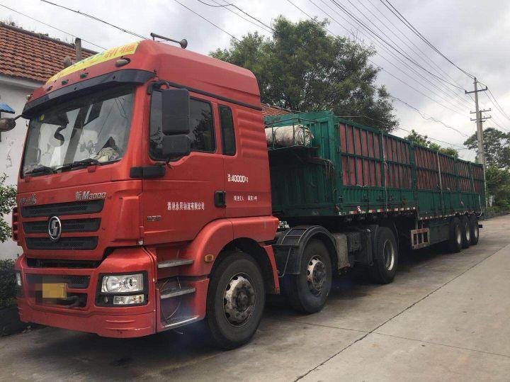 陕汽德龙新M3000 牵引车  375匹 2015年05月 6x2