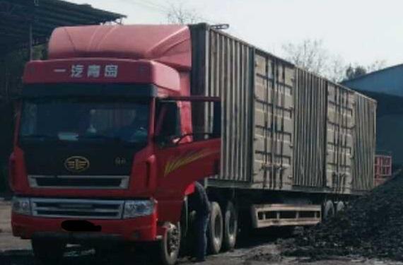 青岛解放新大威 牵引车  350匹 2012年12月 6x4
