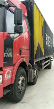 一汽解放J6M重卡 载货车  245匹 2014年10月 6x2