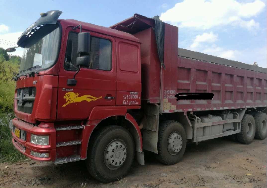 中国重汽HOKA 自卸车  380匹 2016年06月 8x4