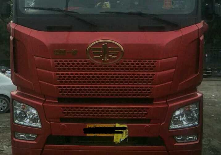 青岛解放JH6 载货车  375匹 2018年05月 8x4