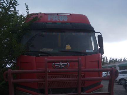一汽解放J6 自卸车  350匹 2011年05月 6x2
