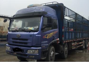 青岛解放新悍威 载货车  280匹 2013年04月 8x4