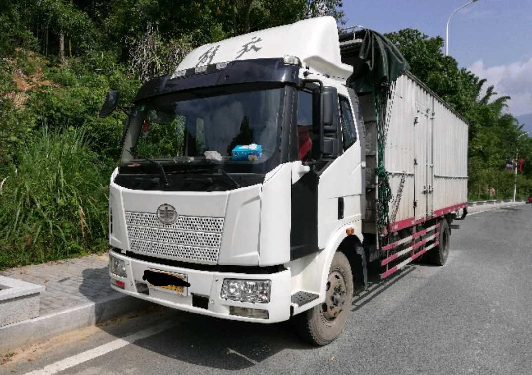 一汽解放J6 载货车  160匹 2014年07月 4x2