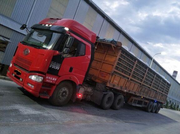 一汽解放J6 牵引车  420匹 2012年05月 6x4