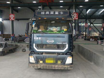 力帆格奥雷 载货车  310匹 2013年05月 8x4