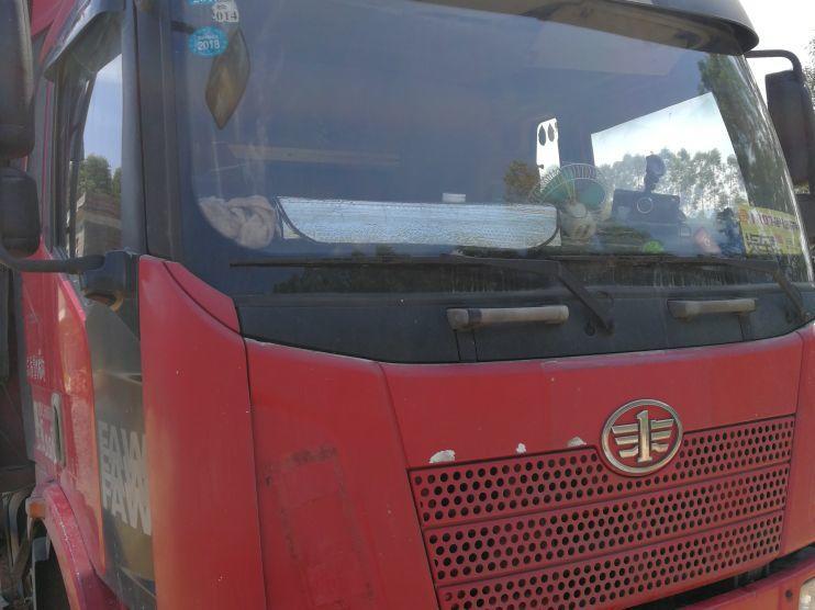 一汽解放J6 载货车  160匹 2012年11月 4x2