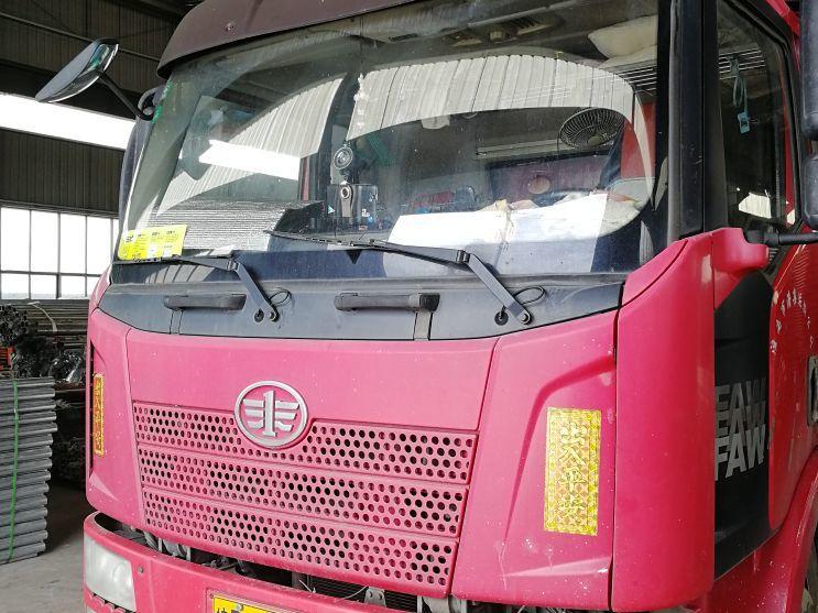 一汽解放J6 载货车  160匹 2013年10月 4x2