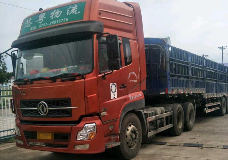 东风天龙 牵引车  420匹 2012年11月 6x4
