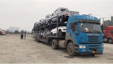 青岛解放悍V 牵引车  320匹 2016年12月 4x2
