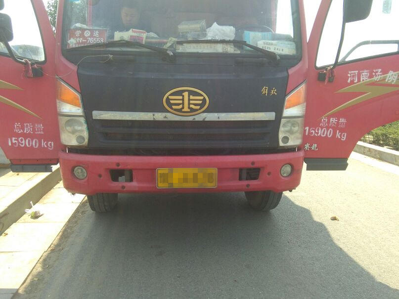 青岛解放其他车系 载货车  140匹 2012年10月 4x2