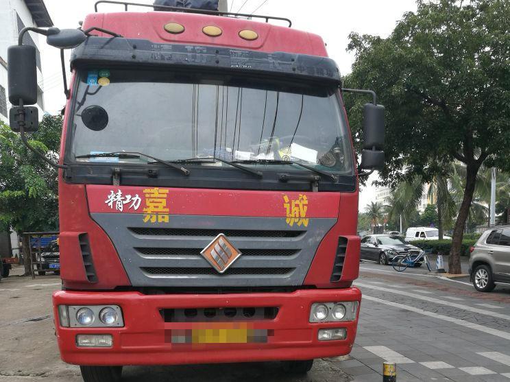 #其他品牌其他 载货车  240匹 2012年04月 6x4