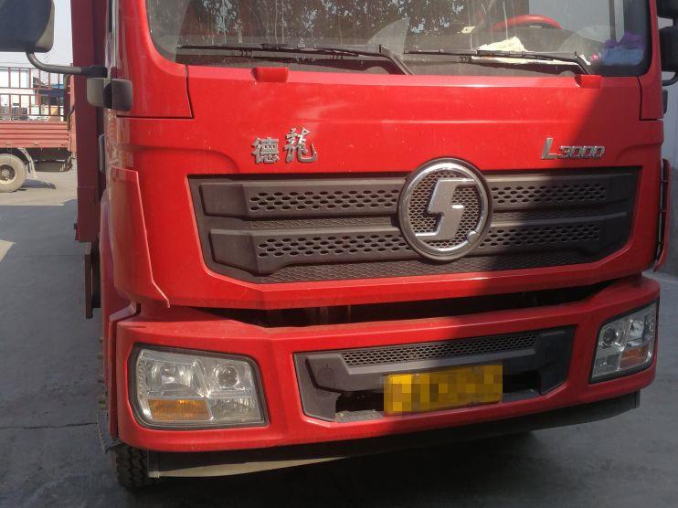 陕汽德龙L3000 载货车  180匹 2018年04月 4x2