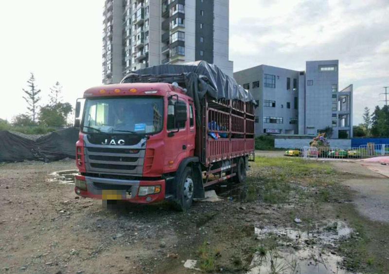 江淮格尔发K5L中卡 标载型 载货车  180匹 2013年07月 6x4