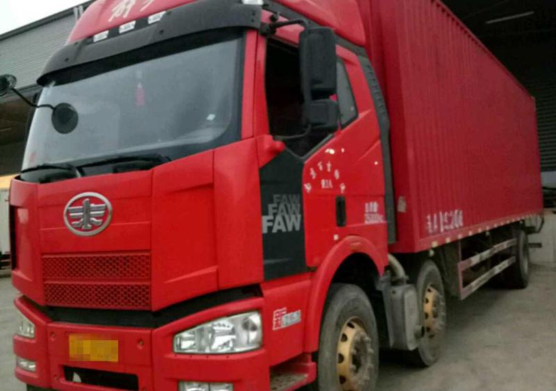 一汽解放J6M重卡 标载型 载货车  240匹 2016年01月 6x2