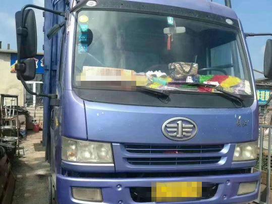 青岛解放其他车系 载货车  180匹 2012年03月 6x2