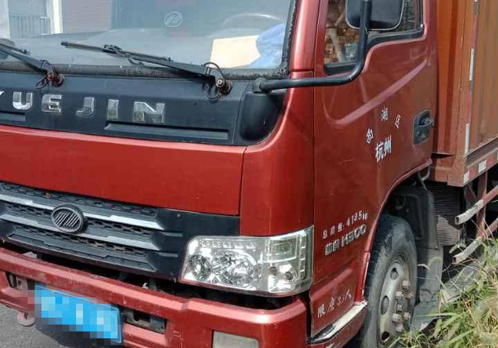 #其他品牌 载货车  110匹 2012年08月 4x2