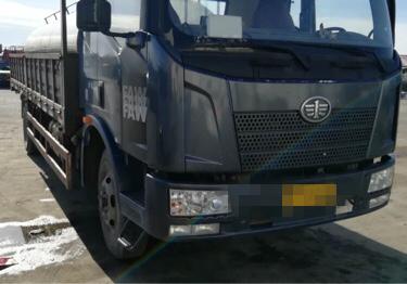 一汽解放J6L中卡 轻量化 载货车  180匹 2014年03月 4x2