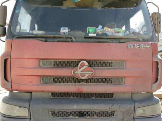 东风霸龙 载货车  270匹 2010年06月 8x4