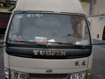 南京依维柯跃进 载货车  100匹 2010年11月 4x2