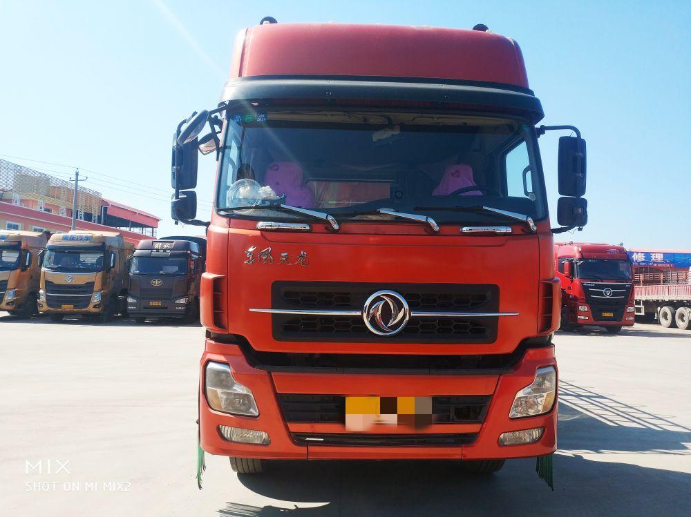 东风天龙 牵引车  340匹 2013年01月 6x2