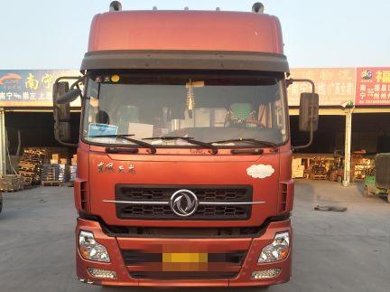东风天龙 牵引车  375匹 2012年04月 6x4