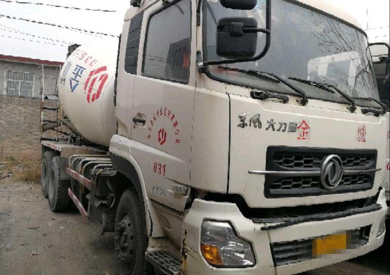 东风大力神 混凝土搅拌车  340匹 2011年06月 6x4