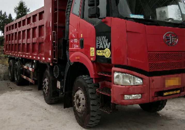 一汽解放J6P重卡 自卸车  350匹 2014年07月 8x4
